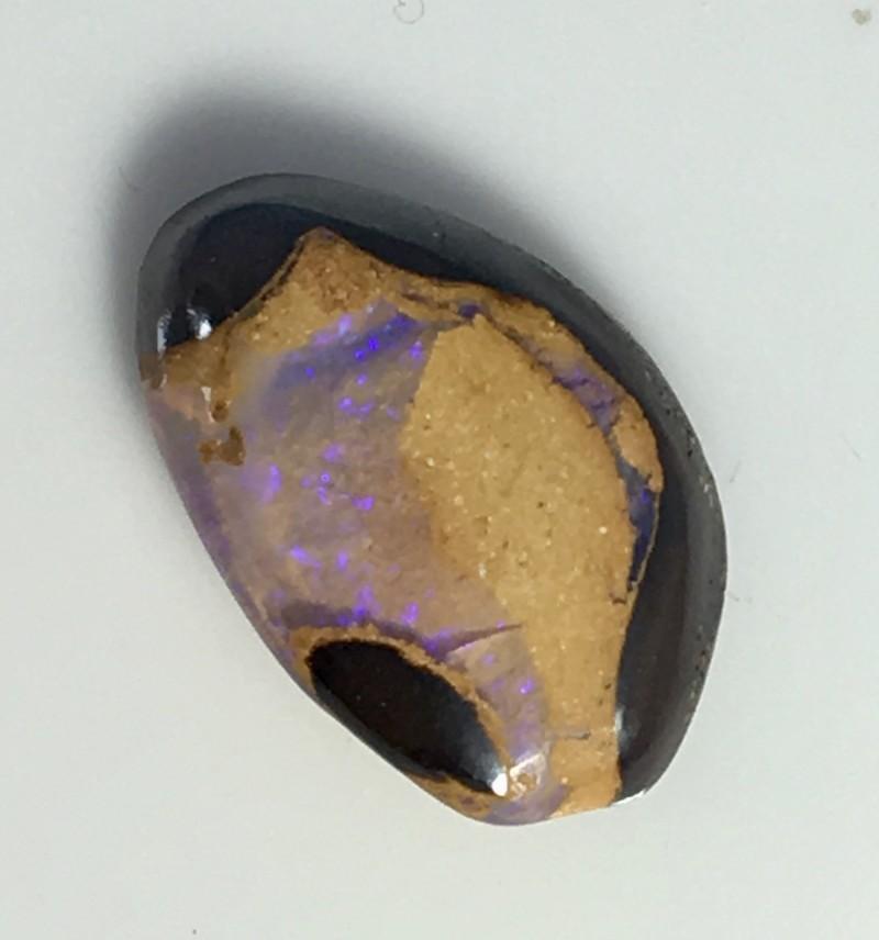 2.80 cts Koroit Matrix opal and Crystal centres