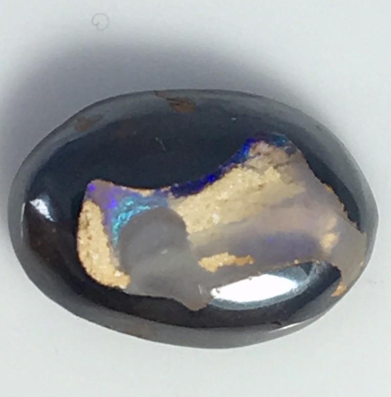 2.70 cts Koroit Matrix opal and Crystal centres