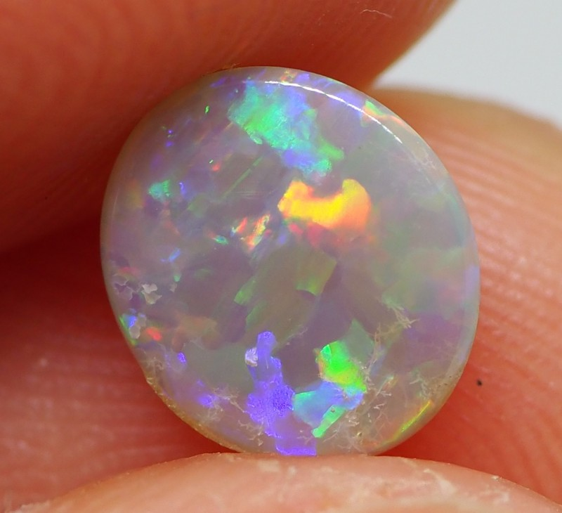 0.82CT HIGH DOME CRYSTAL OPAL FROM LIGHTNING RIDGE RE260