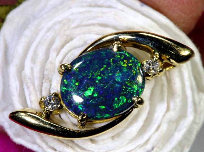 7.95-CTS OPAL 18K GOLD PENDANT OF-2356