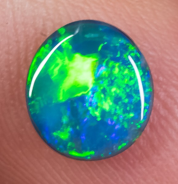 BLACK OPAL LIGHTNING RIDGE NATURAL SOLID 0.93ct GEM BOB040918