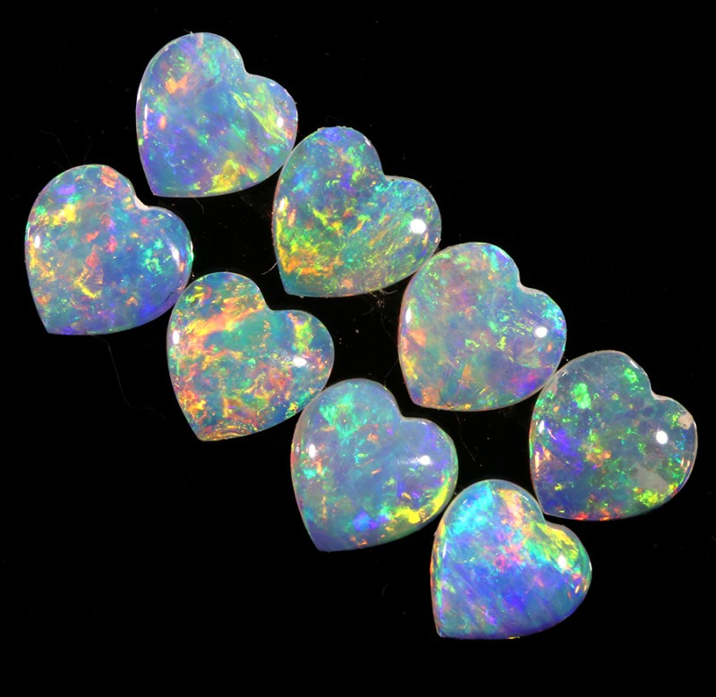 1.0CTS HEART SHAPE 8 STONES PARCEL COOBER PEDY -GREAT COLOR PLAY -S810