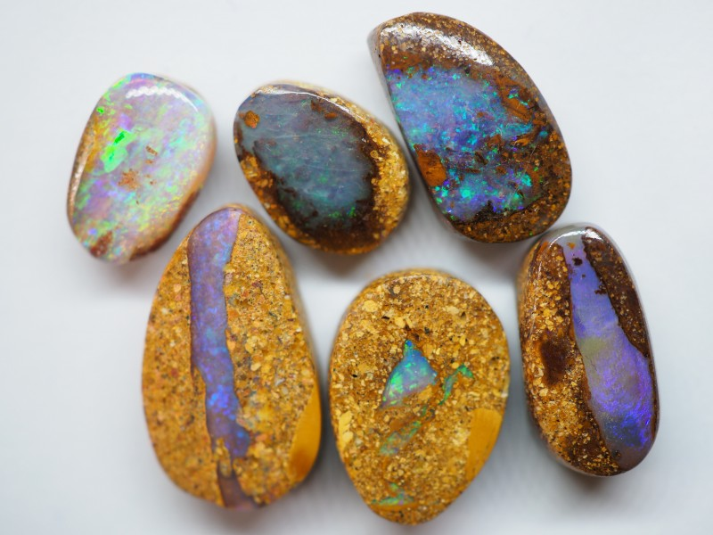 25.55CT VIEW  WOOD REPLACEMENT BOULDER OPAL ZI30 (Parcel)