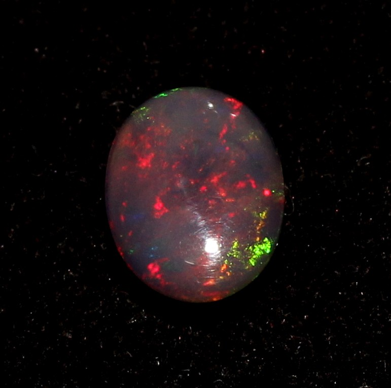 3.70 Crt Natural Fire Ethiopian Smoked Opal Cabochon 1003