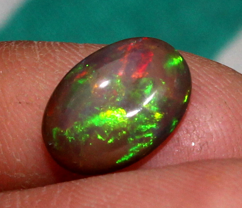 1.25 Crt Natural Fire Ethiopian Smoked Opal Cabochon 1085