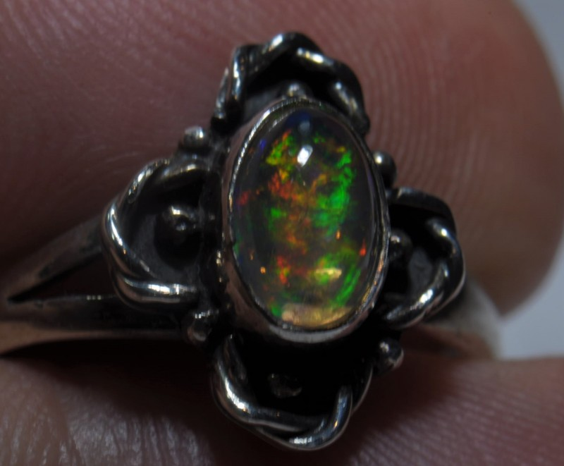 Sz7.5   MEXICAN OPAL HIGH QUALITY .925 STERLING FABULOUS RING