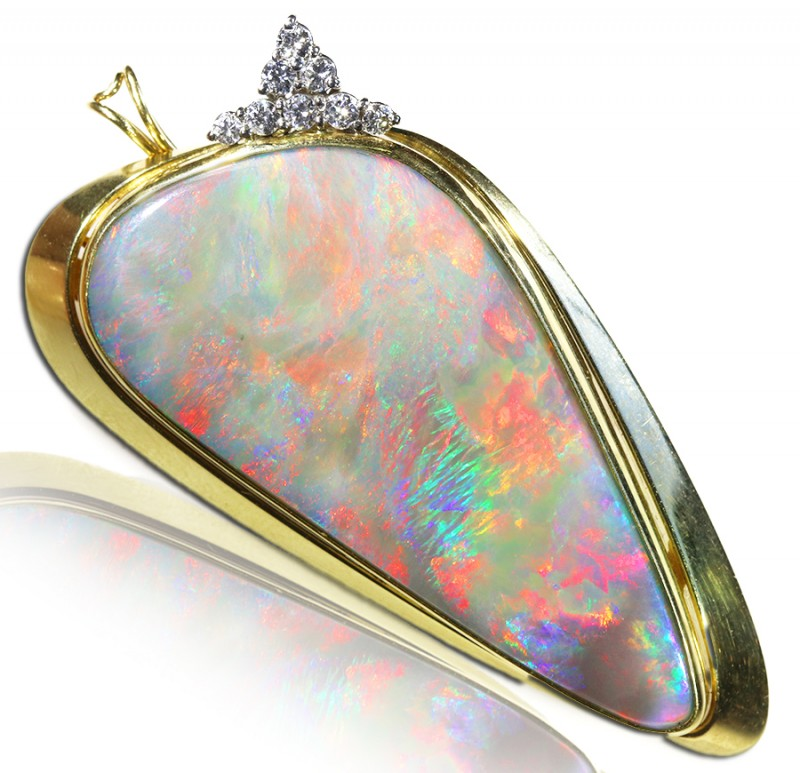 LargeMintabie  Fire  Opal set in 18k Gold Pendant SCA3004