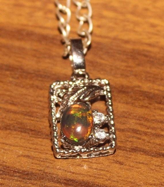 Natural Ethiopian Fire Opal Cabochon Loose Gemstone Pendant 015