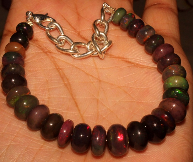 62 Crt Natural Ethiopian Fire Smoked Opal Beads Bracelet 0008