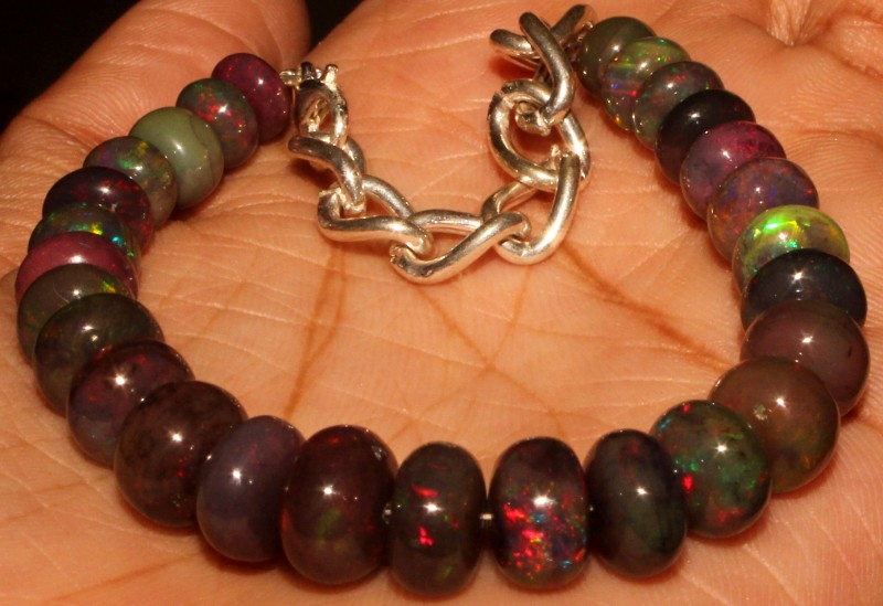 56 Crt Natural Ethiopian Fire Smoked Opal Beads Bracelet 0026