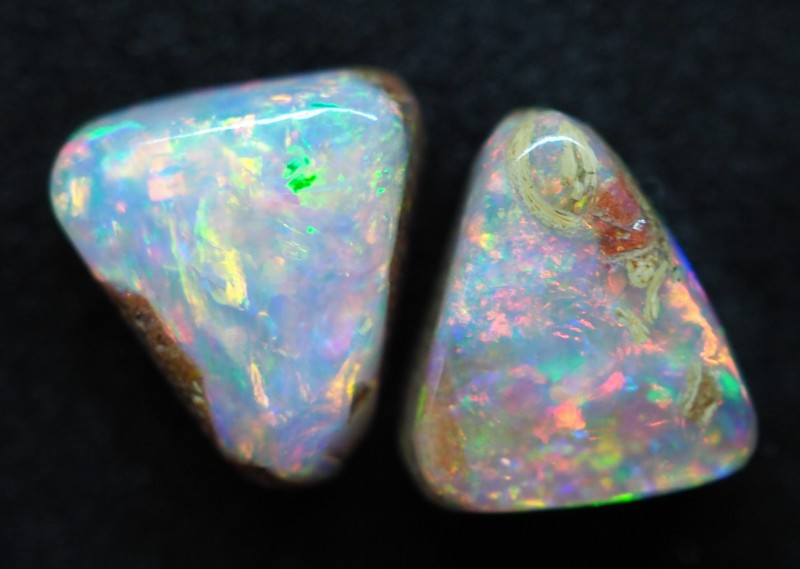3.75CTS PIPE WOOD REPLACEMENT BOULDER OPAL (pair)  TT384