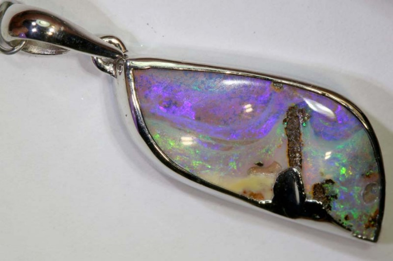 19.10-CTS BOULDER OPAL STERLING SILVER PENDANT OF-2465