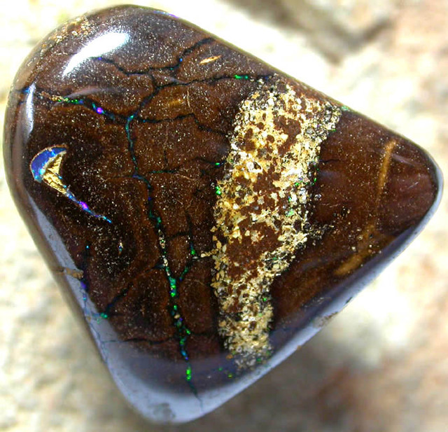 41.00 CTS AUSTRALIAN COLOR AND PATTERN KOROIT STONE  FJP839