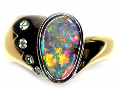 OUTSTANDING FIRE BOULDER OPAL 18K GOLD RING SIZE 8 SCA82