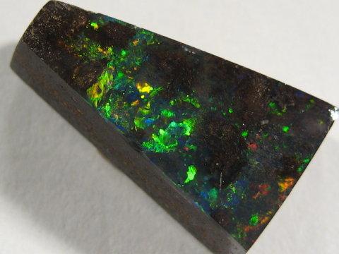 YOWAHOPALS*2.65ct ***Super Bright*** Boulder Opal