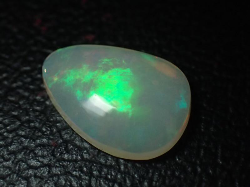 1.9ct VERY BRIGHT Mintabie Crystal Opal