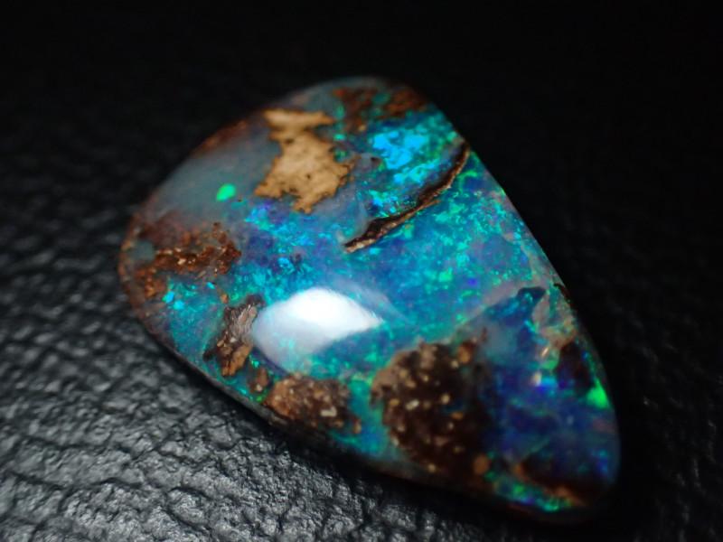 4.3ct VERY BRIGHT Koroit Opal