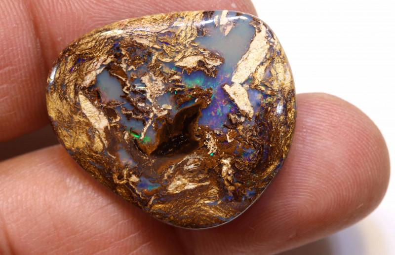 31.40CTS BOULDER WOOD FOSSIL OPAL STONE  NC-4771