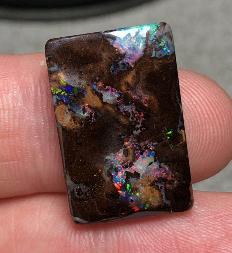 24cts Boulder Opal Stone AE37