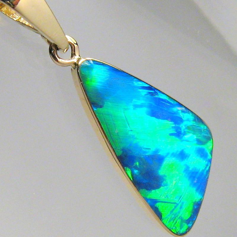 Super Bright Gem Australian Opal Pendant 14k Gold Genuine Jewelry Gift 4.7c