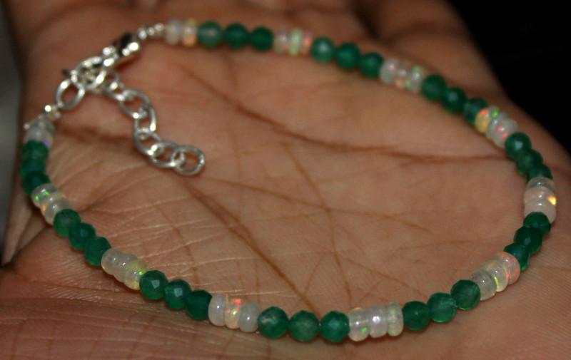11 Crt Natural Ethiopian Welo Fire Opal & Onyx Beads Bracelet 87