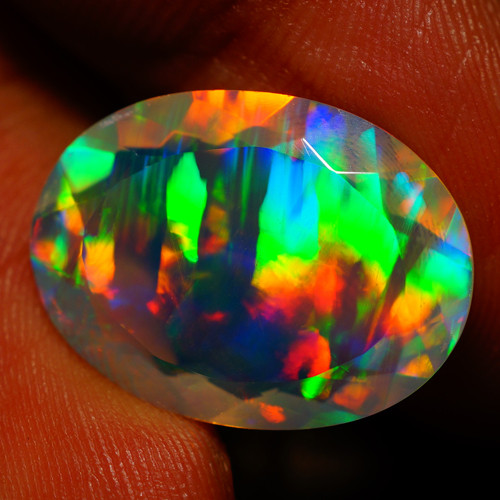 7.66 CT MASTERPIECE  AAA Quality Faceted Welo Ethiopian Opal
