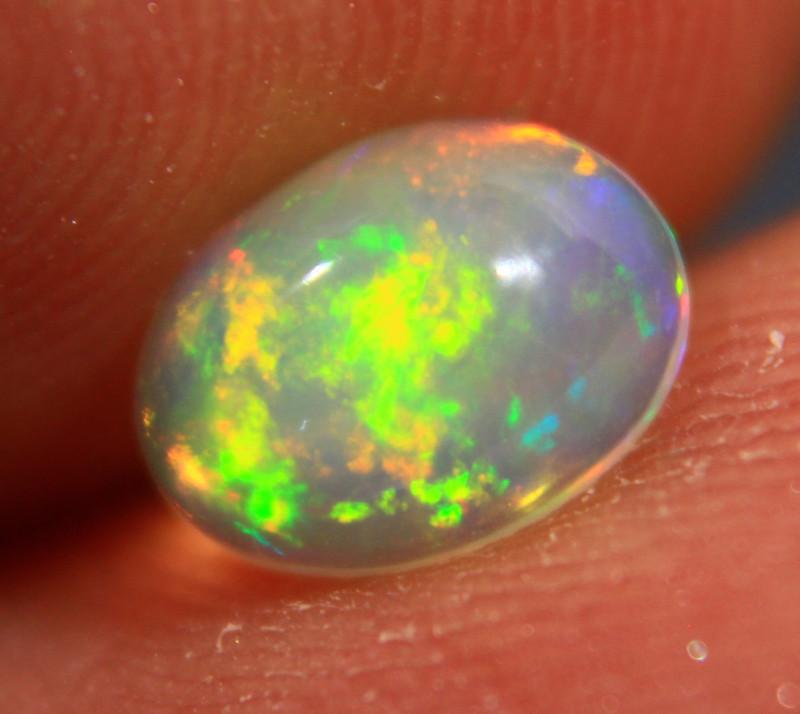 Cts .0.  85 RT807     Ethiopian Wello Opal