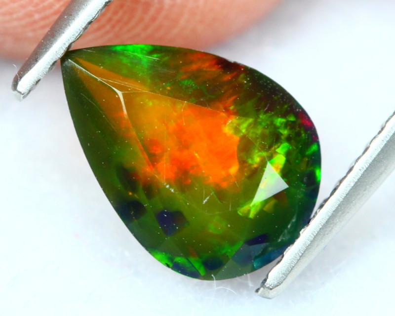 1.40Ct Saturated Flash Pattern Ethiopian Welo Smoked Faceted Opal B1042