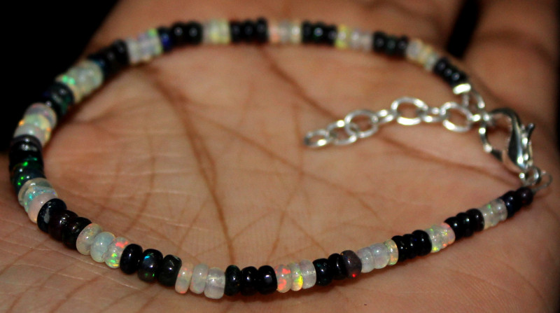 11 Crt Natural Ethiopian Welo Fire Opal & Smoked Opal Beads Bracelet 79