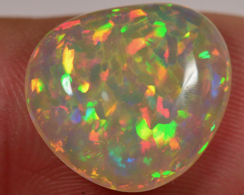 Private listing - 4.1 CT AMAZING WELO OPAL CABACHON