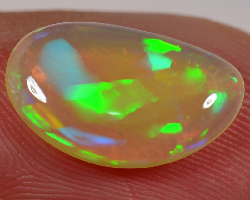 1.9 CT - STUNNING WELO OPAL CABACHON