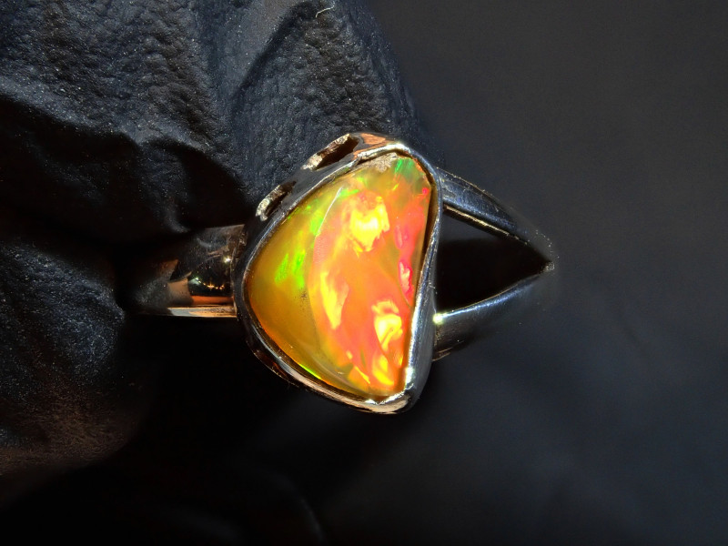 6sz  Mexican Matrix Cantera Multicoloured Fire Opal .925 Sterling Ring