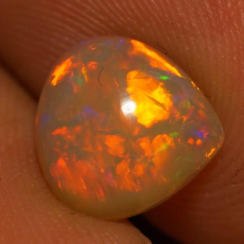 1.35 CT  9X9 AAA Quality Welo Ethiopian Opal - BA304