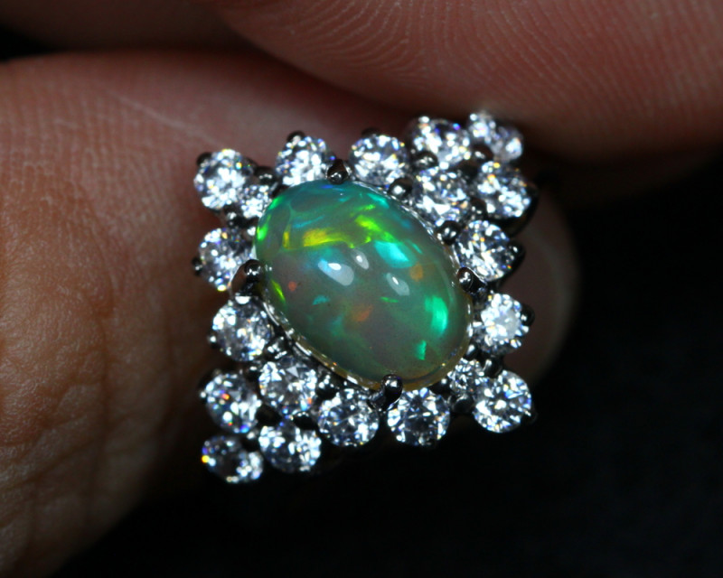 15.96cts Welo Opal 925 Sterling Silver Ring US6