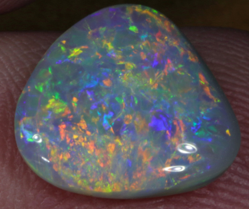 2.62 CTS  BLACK OPAL FROM LR -