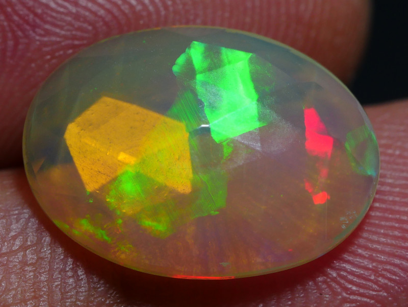4.30 CRT DARK CRYSTAL FACETED ROLLING FLASH PATTERN PLAY COLOR WELO OPAL*