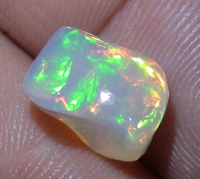 4.50 ct Ethiopian Gem Color Carved Freeform Welo Opal