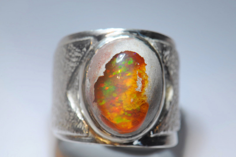 8sz Mexican Matrix Cantera Multicoloured Fire Opal Sterling Silver Ring