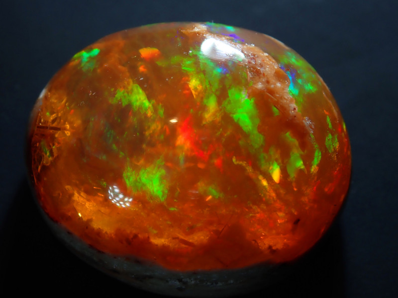 15ct Mexican  Bright Carved Multicoloured Fire Opal Specimen