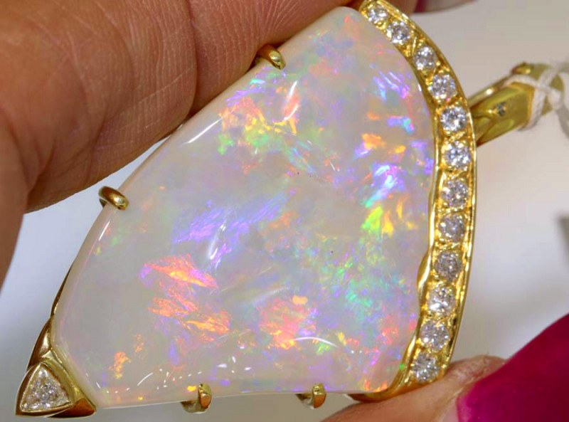 40 CTS YELLOW GOLD OPAL AND GEMSTONES PENDANT INV-JE8