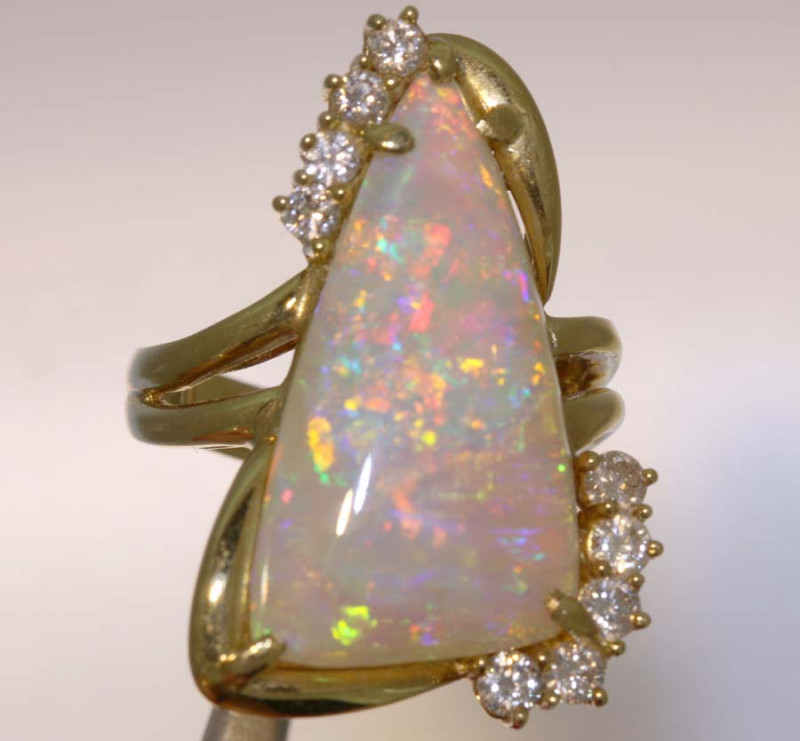 22 CTS YELLOW GOLD OPAL AND GEMSTONES RING INV- JE13