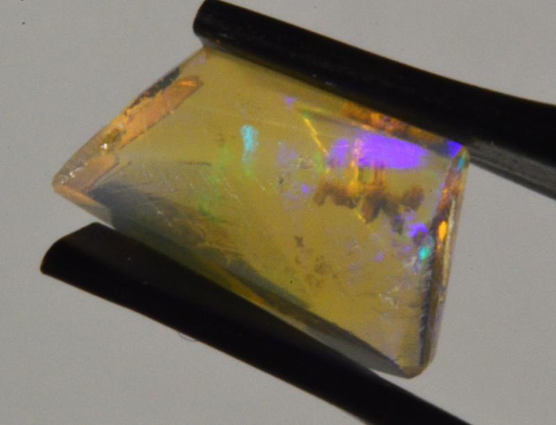 Freeform facet Ethiopian Opal 1.7  Cts. (CV35L9 )