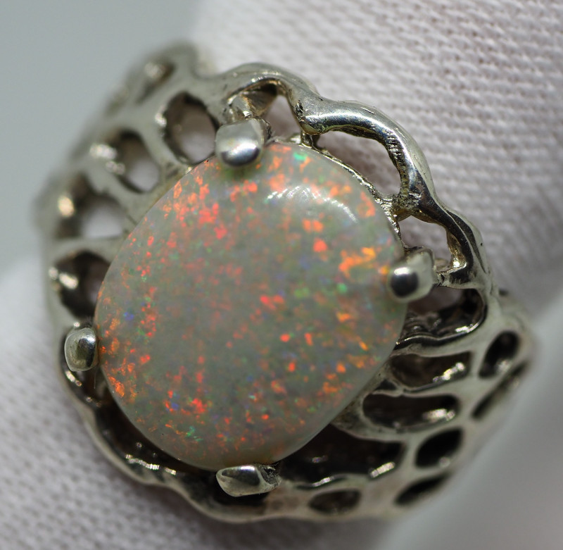 31.30CT SILVER OPAL RING WITH COOBER PEDY OPAL RE500