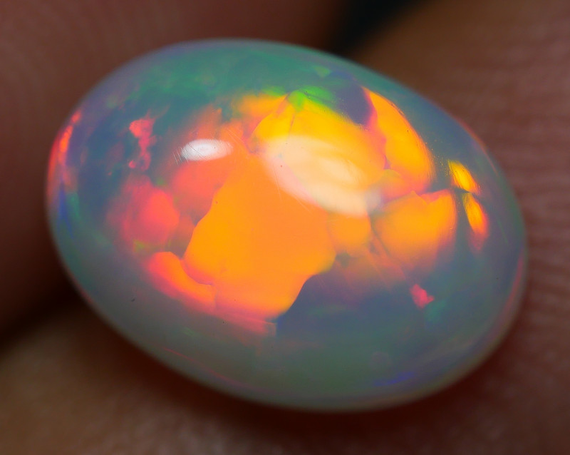 1.75 CRT AMAZING NEON BRIGHT BROADFLASH RED FIRE WELO OPAL