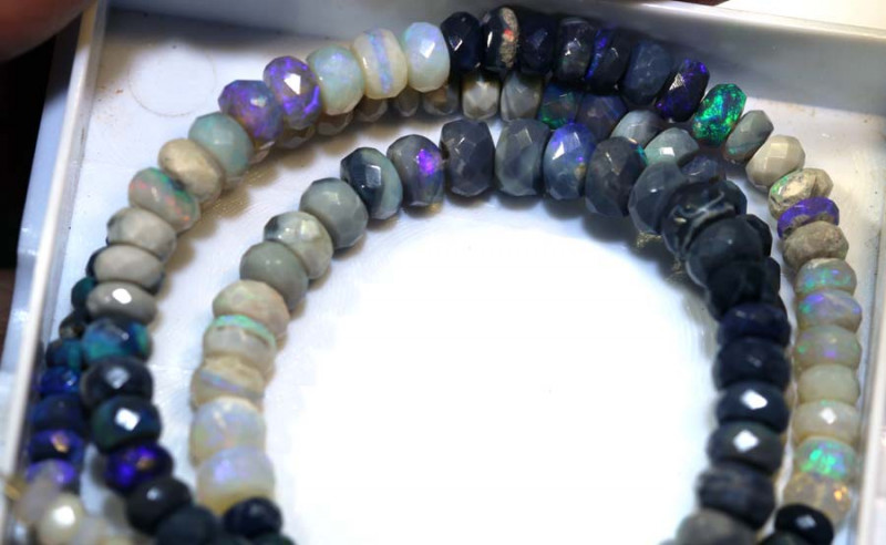 62 CTS BLACK OPAL FACETED BEADS STRAND TBO-8999