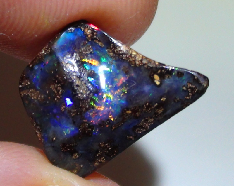 4.05 ct Gem Multi Color Queensland Boulder Opal