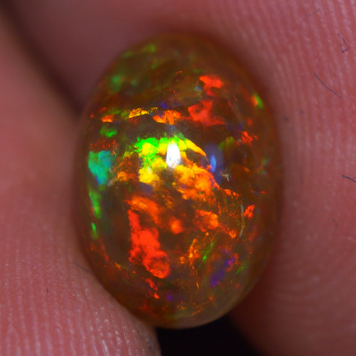 1.92 CT Brown base !!! Rare  Quality Welo Ethiopian Opal - EB501