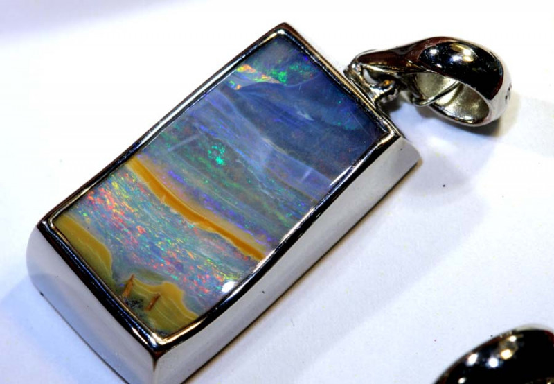 27.20 CTS BOULDER OPAL SILVER PENDANT OF-2593
