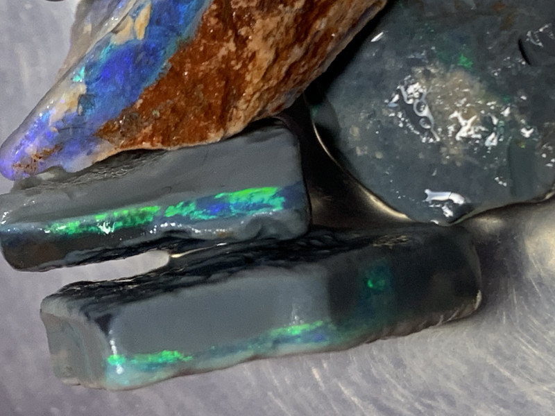 76.5 Carats of Lightning Ridge Rough Black Opals,#445