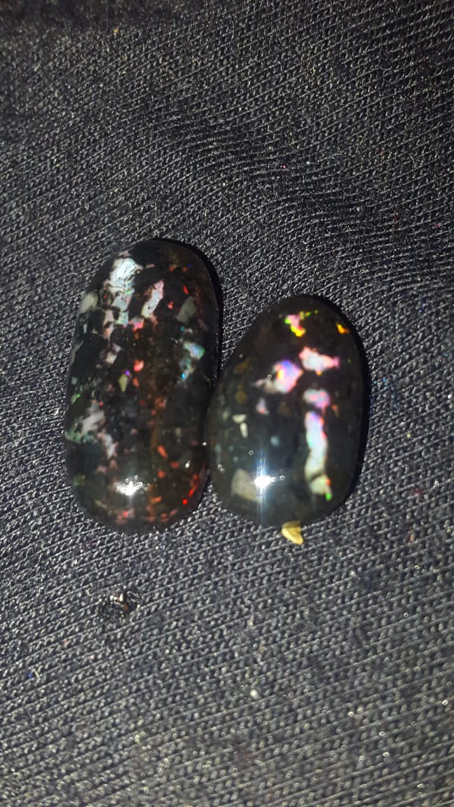 12.00 CRT BROAD FLASH PLAY COLOR INDONESIAN OPAL WOOD FOSSIL